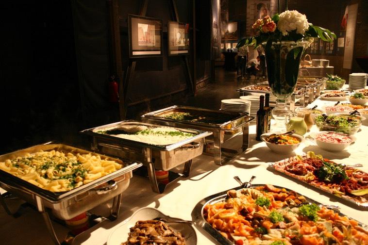 Dresden Panometer Menübuffet Das Essen Mit Geschmack